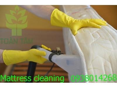 Lưu ý khi giặt nệm tại nhà và sử dụng dịch vụ giặt nệm