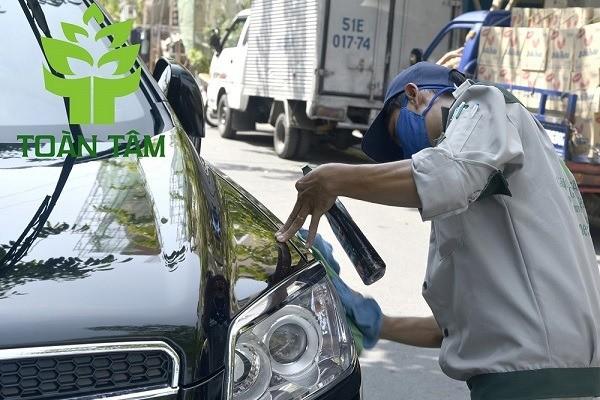 Dịch vụ vệ sinh nội thất ô tô chuyên nghiệp
