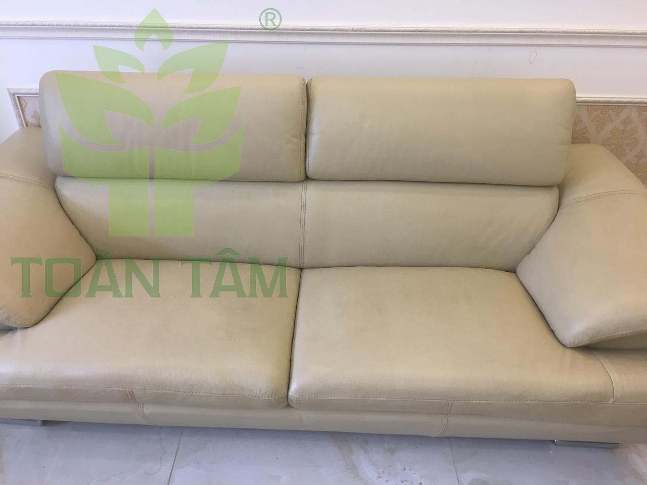 Cần bảo quản ghế sofa đúng cách