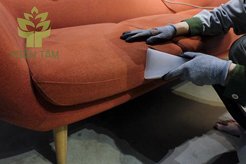 Giặt ghế sofa giúp cải thiện không gian sống của bạn